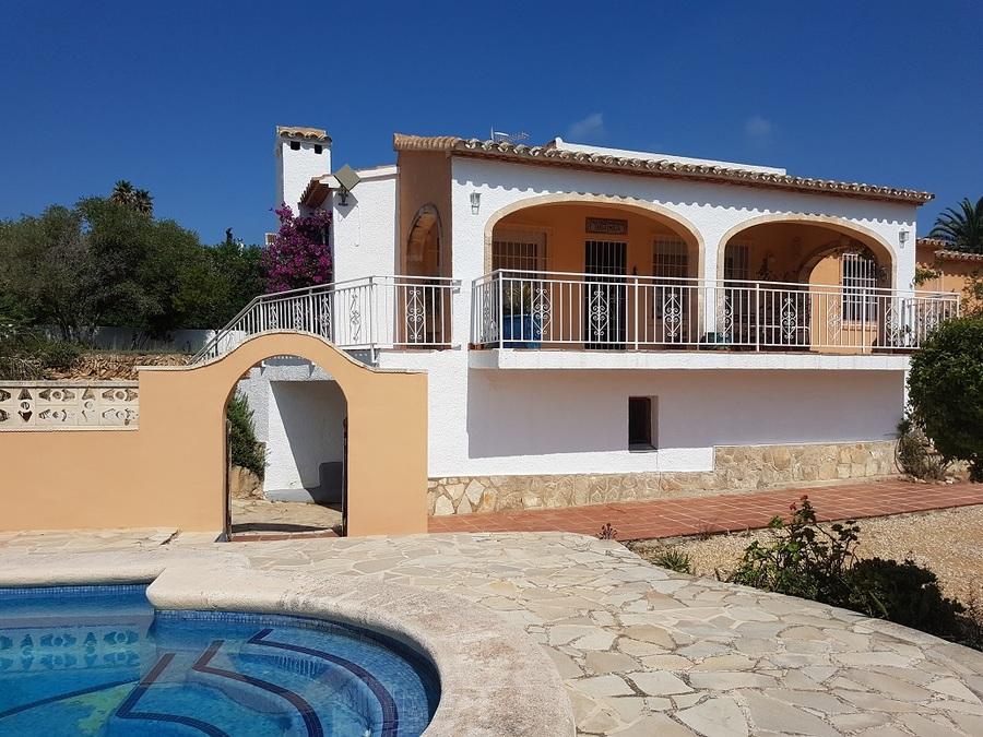 Ref:CH-1330-BB* Villa For Sale in Javea