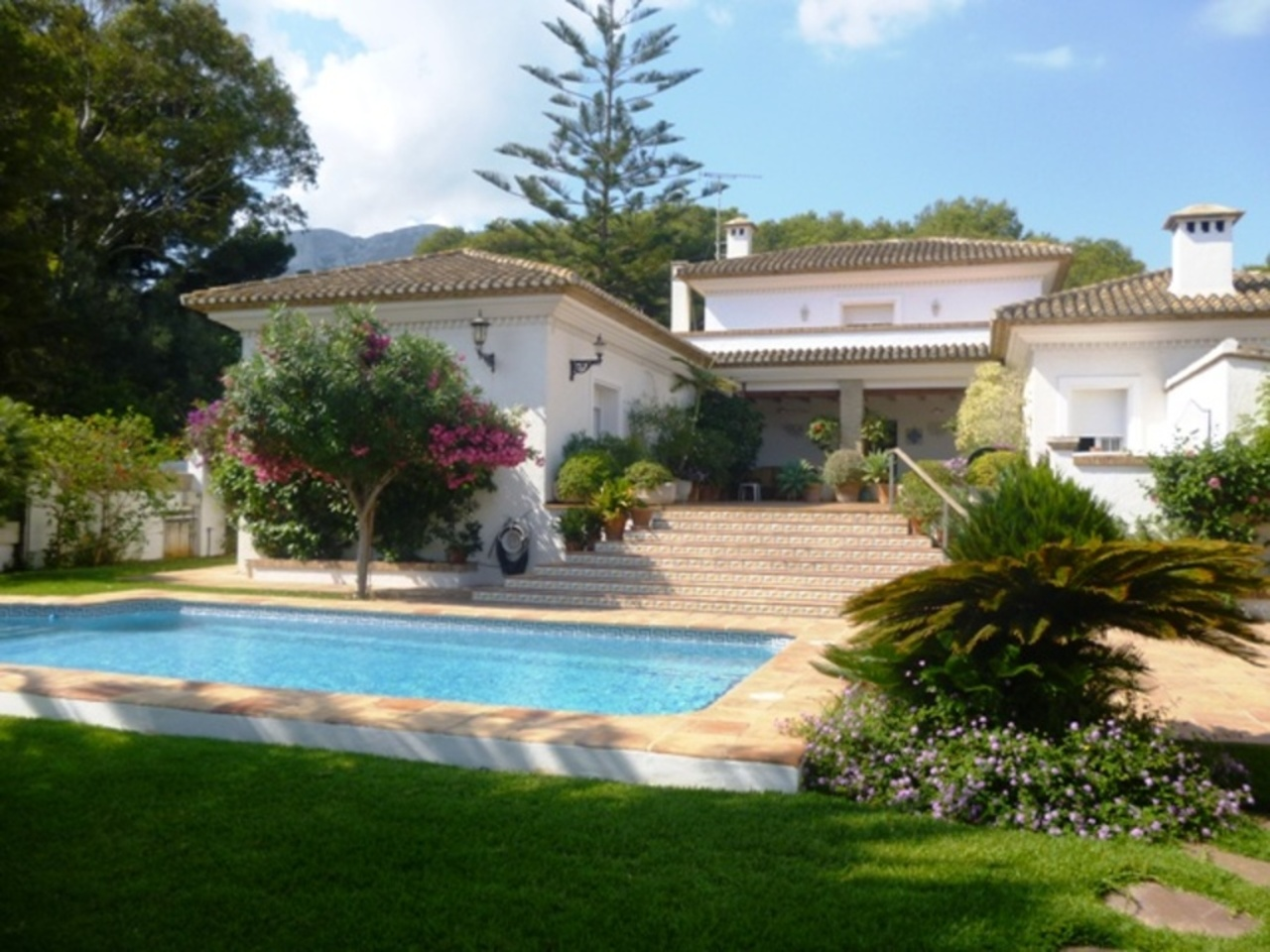 Ref:CH-1202-CC* Villa For Sale in Denia