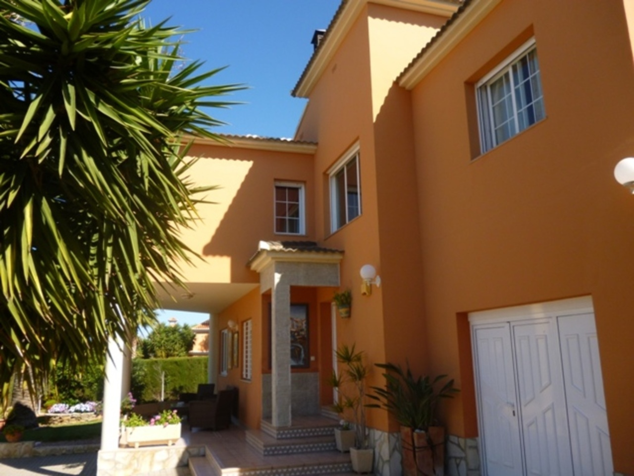 Ref:CH-1210-CC* Villa For Sale in Denia