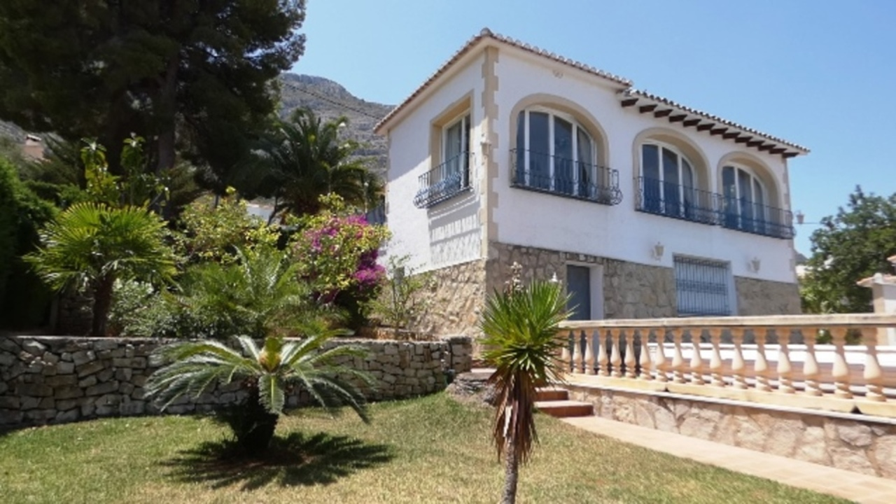 Ref:CH-1284-CC* Villa For Sale in Denia