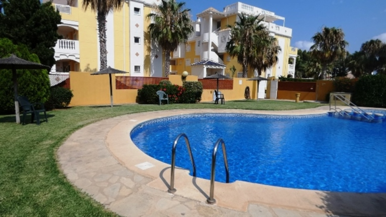 Ref:AP-0988-CC* Apartment For Sale in Denia